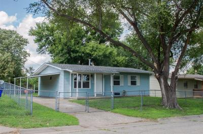 Junction City Single Family Home For Sale: 1216 Marshall Drive