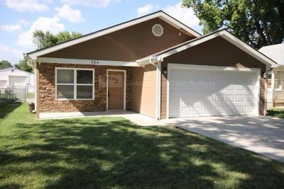 Junction City Single Family Home For Sale: 524 West 8th Street