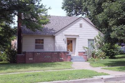Clay Center Single Family Home For Sale: 1205 5th