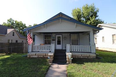 Junction City Single Family Home For Sale: 609 West 8th