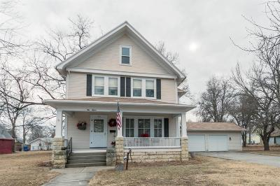 Junction City Single Family Home For Sale: 515 West 1st
