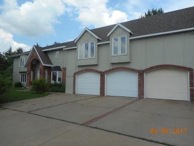 Manhattan Single Family Home For Sale: 141 North Dartmouth Drive
