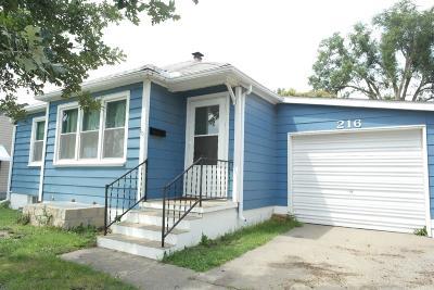 Herington Single Family Home For Sale: 216 East Hawley Street