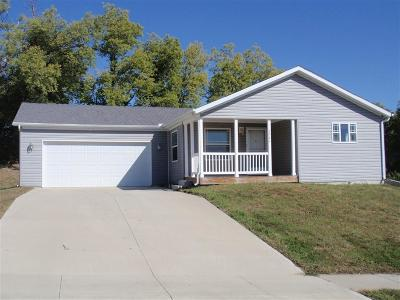 Junction City Manufactured Home For Sale: 2504 Valley Drive