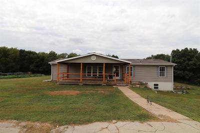 Junction City Single Family Home For Sale: 5194 Davis Creek Road