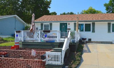 Junction City Single Family Home For Sale: 522 Sheridan Drive