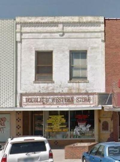 Larned KS Commercial Sale Pending: $14,900