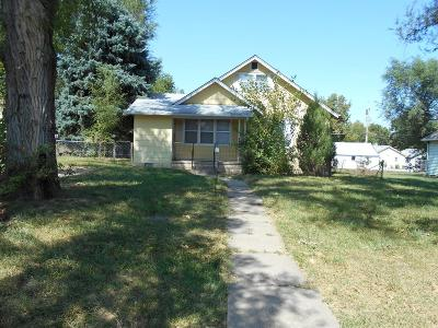 Junction City Single Family Home For Sale: 326 West Elm Street