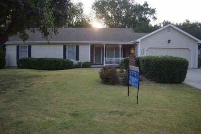 Abilene Single Family Home For Sale: 1607 North Cedar Street