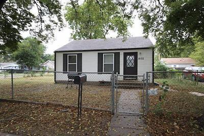 Junction City Single Family Home For Sale: 1602 Bradley Avenue