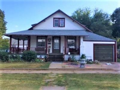 Ellinwood KS Single Family Home For Sale: $112,000