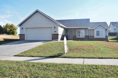Junction City Single Family Home For Sale: 2201 Deer Trail