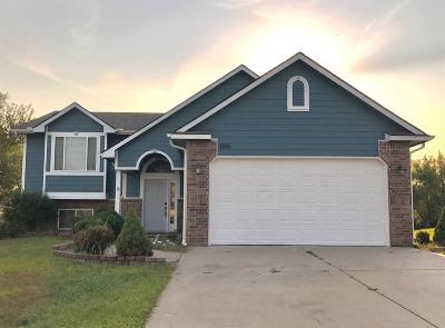 Chapman Single Family Home For Sale: 1106 Leprechaun