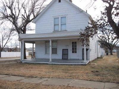 Junction City Single Family Home For Sale: 703 West 8th