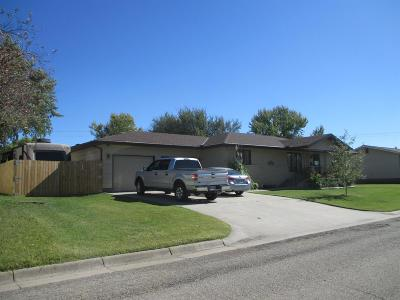 Herington Single Family Home For Sale: 810 North A
