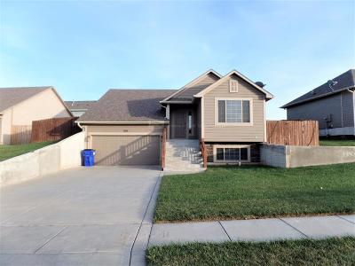 Junction City Single Family Home For Sale: 2307 Deer Trail