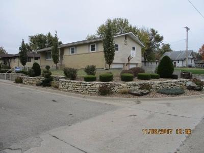 Herington Single Family Home For Sale: 802 North A Street
