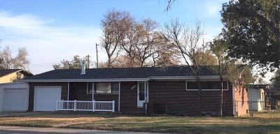 Great Bend KS Single Family Home For Sale: $95,500