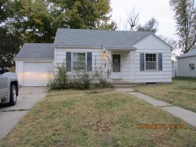 Junction City Single Family Home For Sale: 109 Sunset Drive