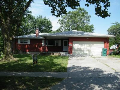 Wakefield Single Family Home For Sale: 805 Lakeside Drive