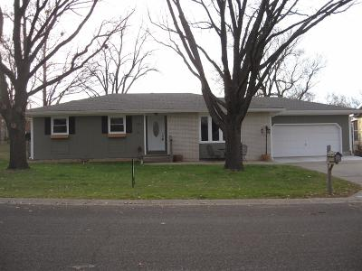 Dickinson County Single Family Home For Sale: 1604 North Brown Street