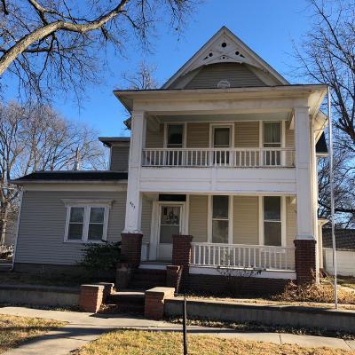 Abilene Single Family Home For Sale: 405 North Walnut