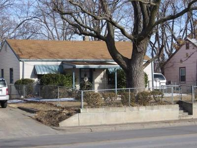 Junction City Single Family Home For Sale: 420 West Ash Street
