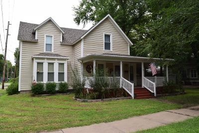 Abilene Single Family Home For Sale: 810 Northwest 3rd