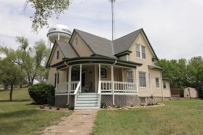 Herington Single Family Home For Sale: 602 North E Street