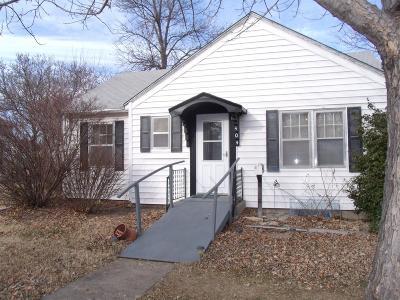 Junction City Single Family Home For Sale: 404 West Elm Street