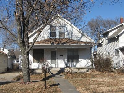 Dickinson County Single Family Home For Sale: 105 Southeast 2nd