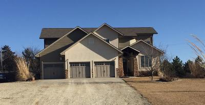 Clay Center Single Family Home For Sale: 1569 Pawnee Dr