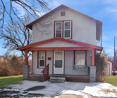 Herington Single Family Home For Sale: 503 East Wyatt Street