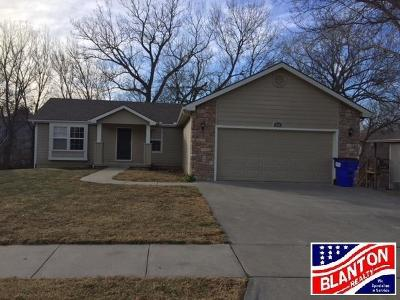 Junction City Single Family Home For Sale: 310 Navajo Road