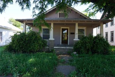 Herington Single Family Home For Sale: 206 West Walnut