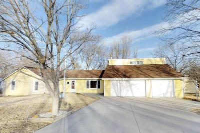 Junction City Single Family Home For Sale: 725 South Webster Street