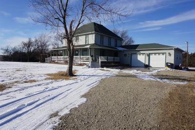 Junction City Single Family Home For Sale: 2287 3600 Avenue