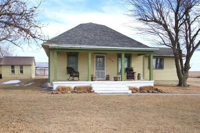 Clay Center Single Family Home For Sale: 996 Kiowa Road