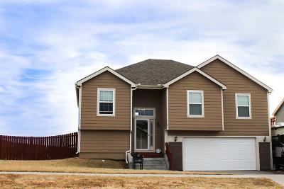 Junction City Single Family Home For Sale: 3101 Oakwood