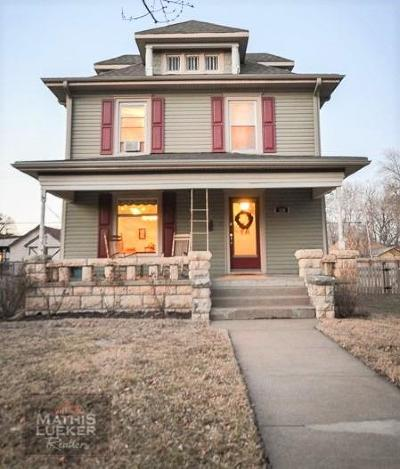 Junction City Single Family Home For Sale: 230 West 3rd Street