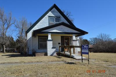 Herington Single Family Home For Sale: 112 South 10th St