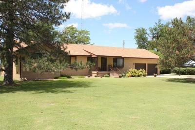 Great Bend KS Single Family Home Sale Pending: $264,900