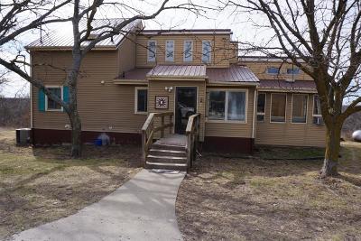 Herington Single Family Home For Sale: 951 Union Road
