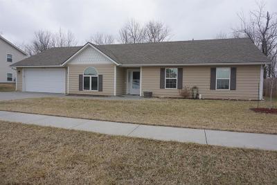 Junction City Single Family Home For Sale: 1313 Forest Park Lane