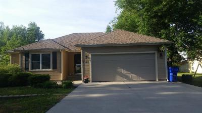 Junction City Single Family Home For Sale: 2125 McFarland Road