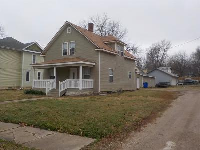 Junction City Single Family Home For Sale: 418 South Adams Street