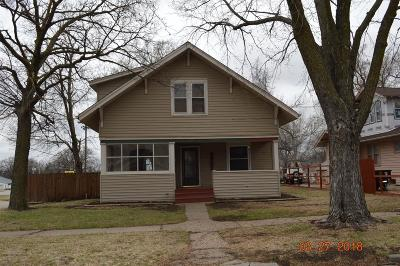 Herington Single Family Home For Sale: 319 South Broadway