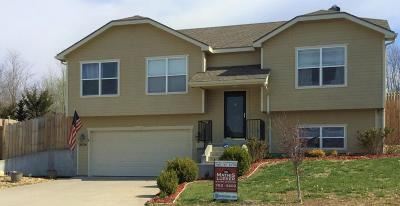 Junction City Single Family Home For Sale: 2424 Fox Sparrow Court