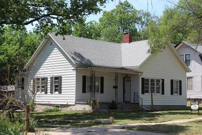 Dickinson County Single Family Home For Sale: 910 North Cedar