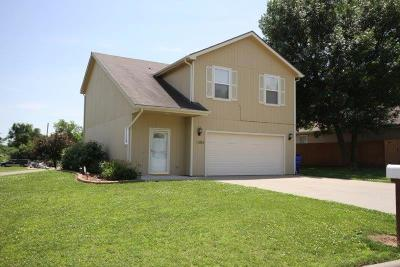 Junction City Single Family Home For Sale: 1305 Marshall Ct